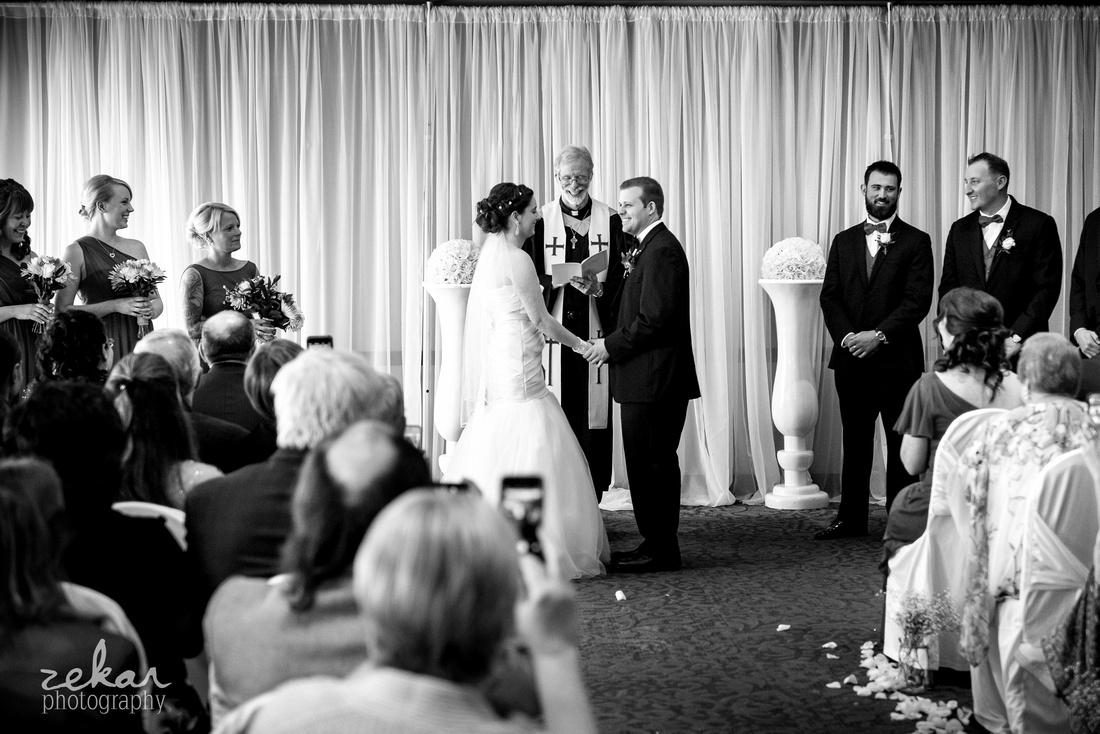 wedding ceremony at hamilton yacht club