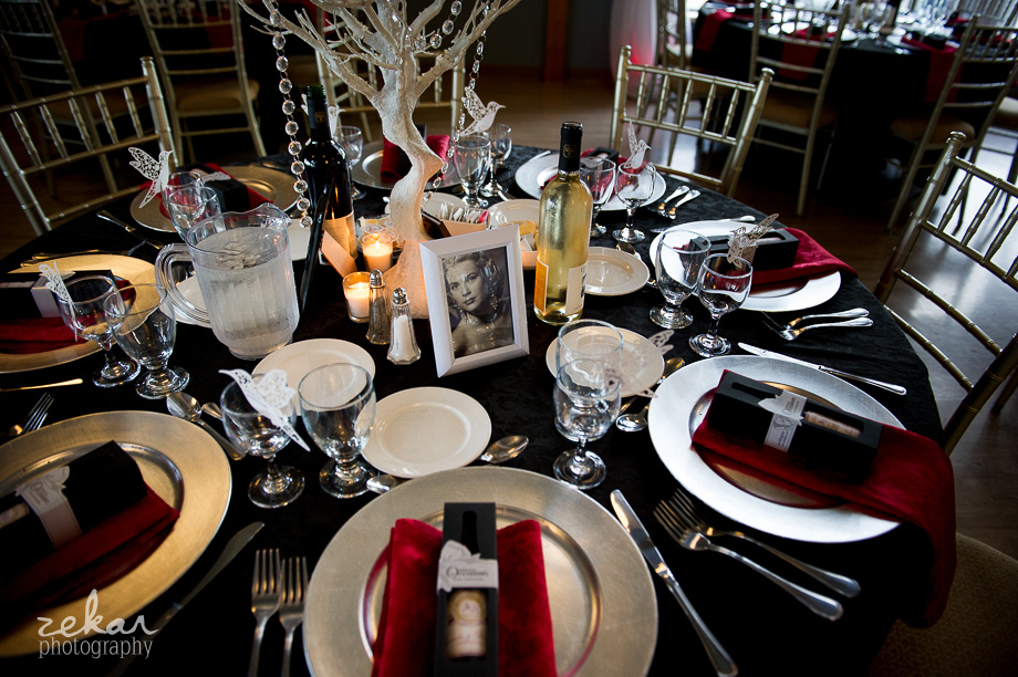 wedding decor black red