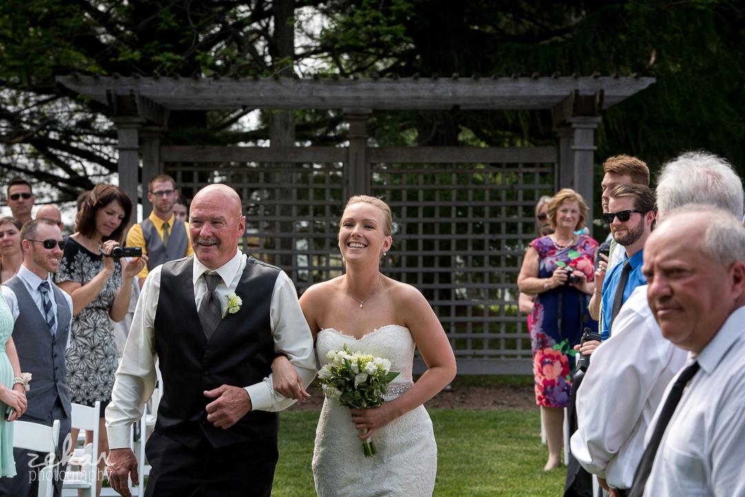 happy bride with dad