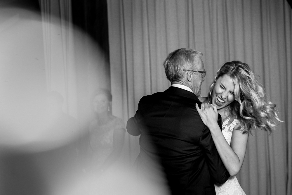 dad dancing with bride