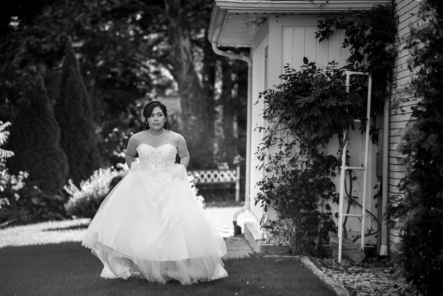 bride coming around corner