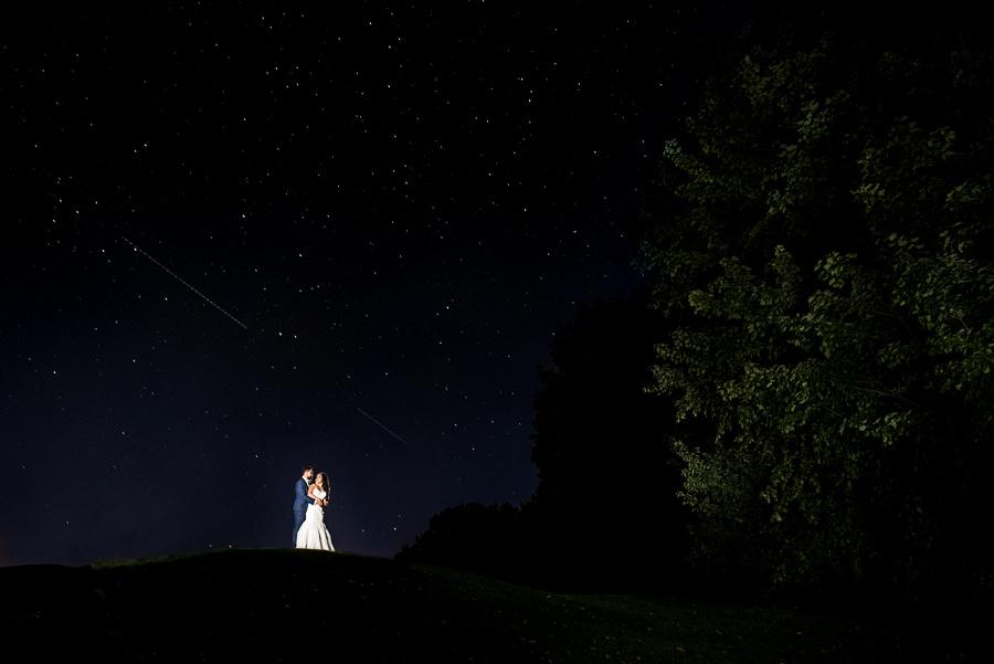 bride and groom shooting star