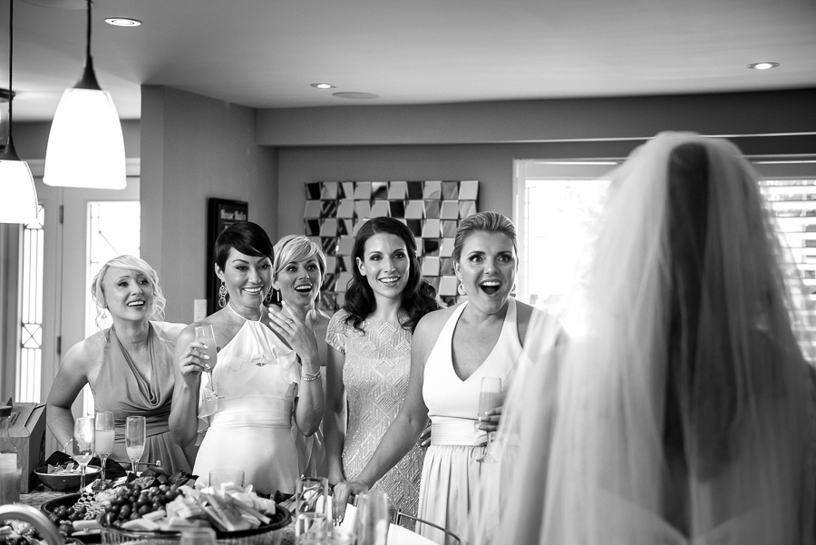 friends seeing bride for first time