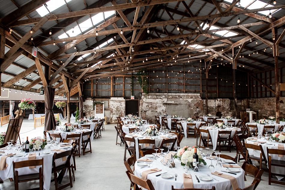 barn wedding glen drummond farm
