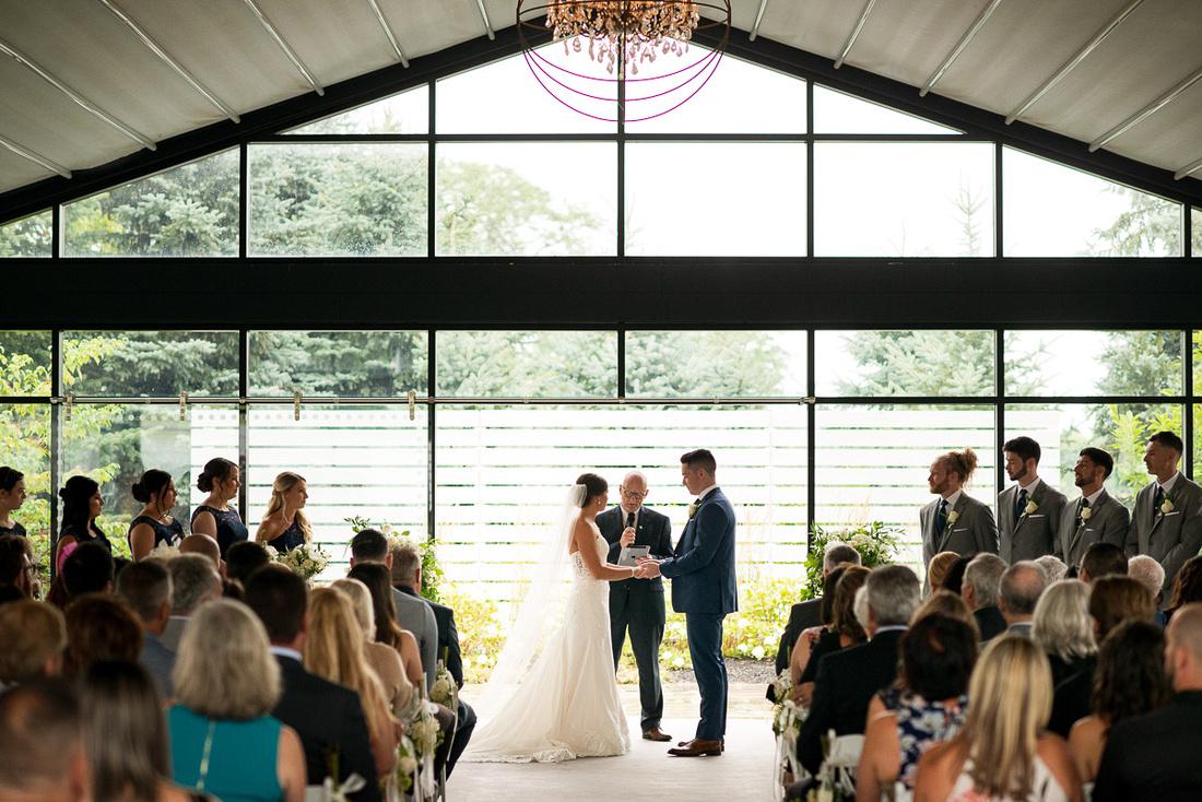 wedding ceremony at whistlebear golf club cambride ontario