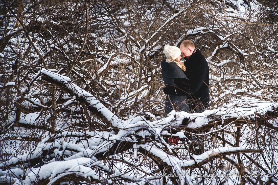 kissing in branches
