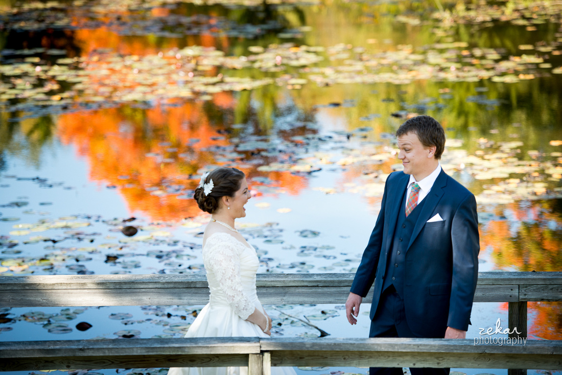 bride seeing groom for first time