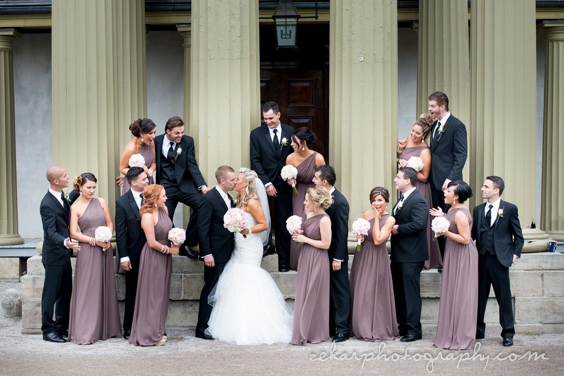 epic bridal party shot