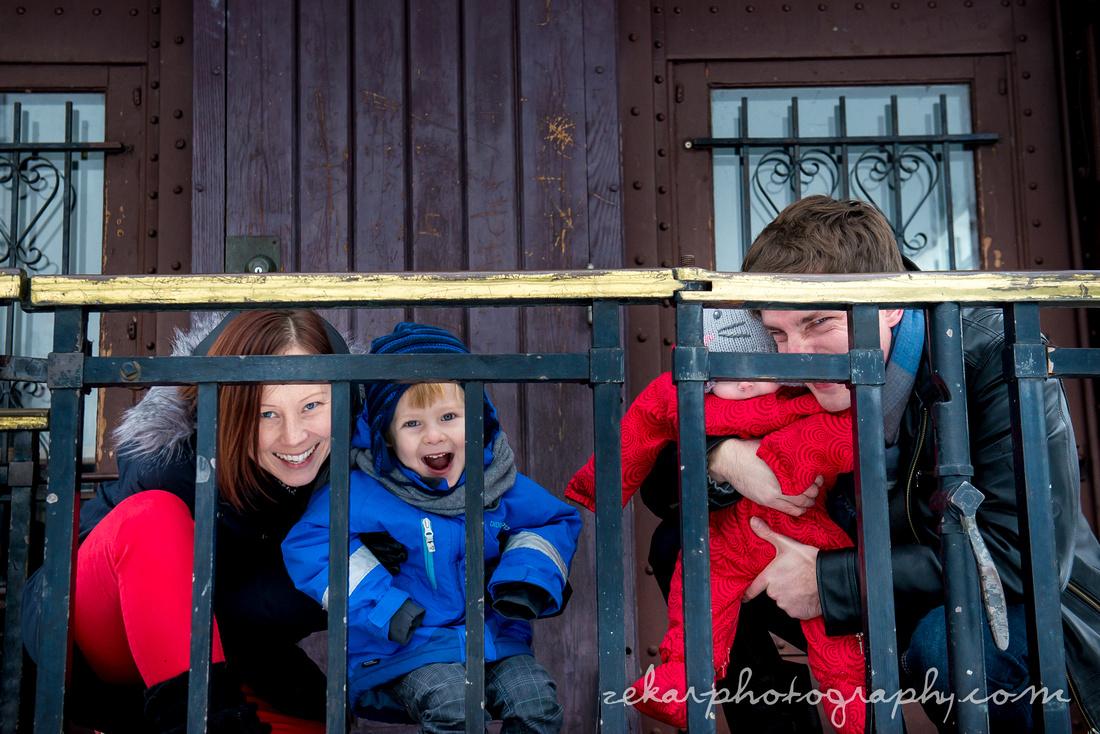 family photoshoot near trains