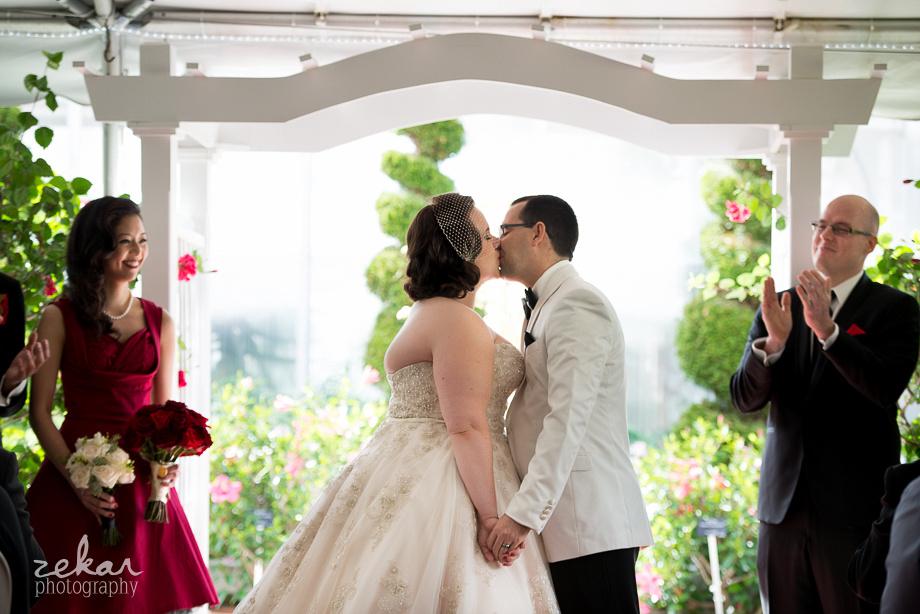 kissing at altar