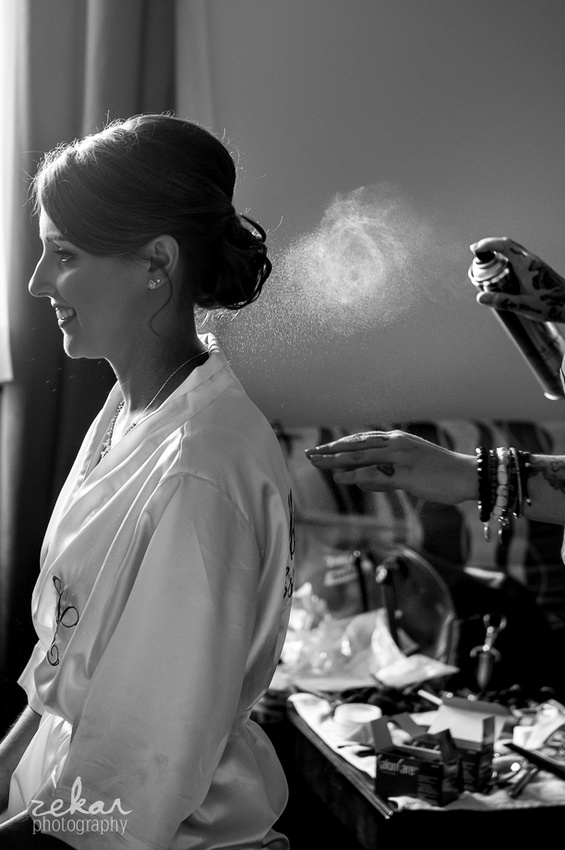 bride getting hairspray