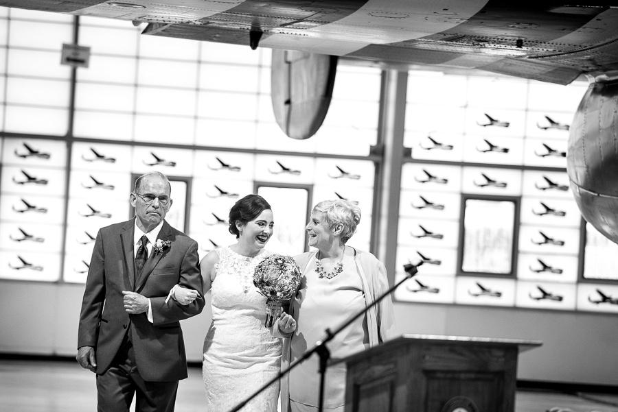 airplane themed wedding ceremony