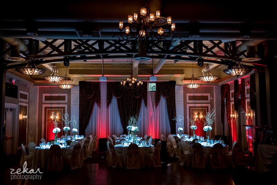 burgundy and blue wedding decor