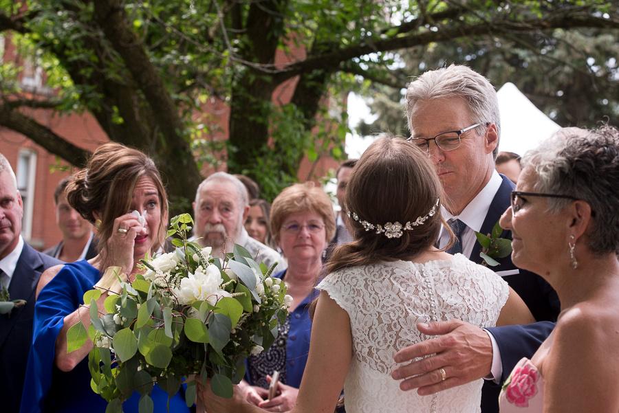 bride giveaway
